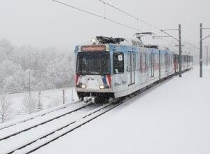 train-snow