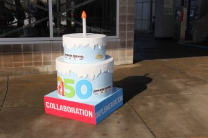 A MetroLink-themed STL250 cake can now be viewed at the Shrewsbury Station.