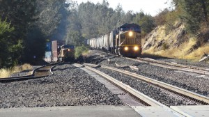 Newcastle_(California),_freight_trains_at_Main_Street_crossing
