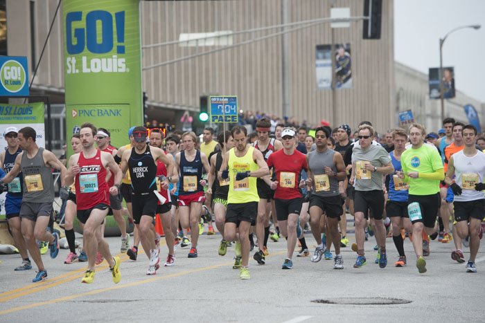 Go! St. Louis Full & Half Marathon www.timparkerphoto.com