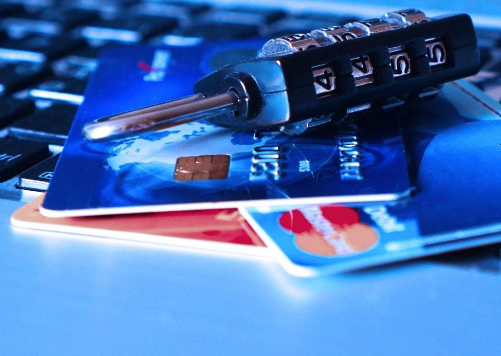 credit-card-1591492