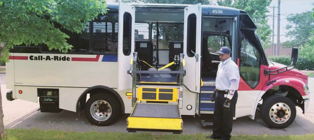Metro Call-A-Ride Lift In Action