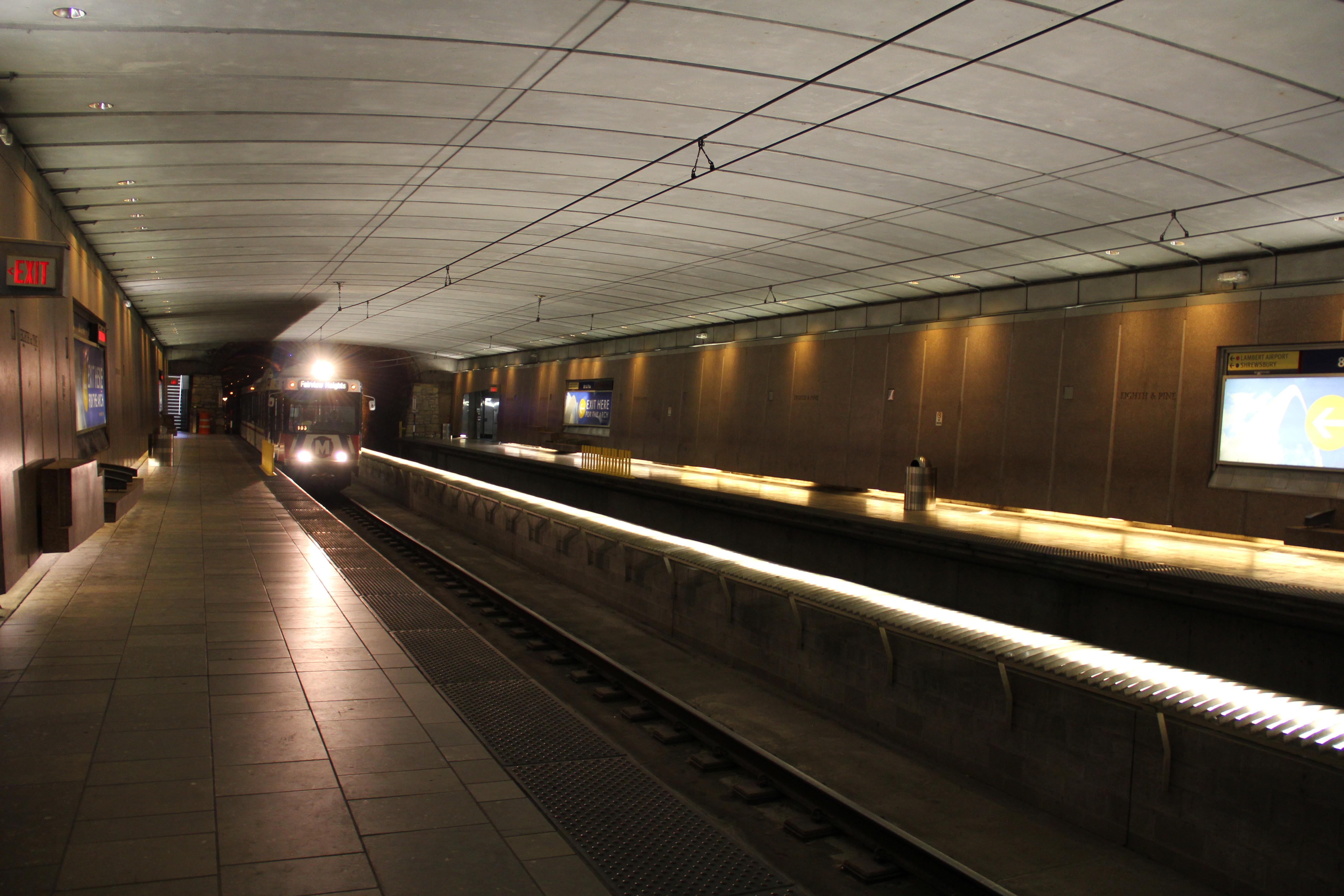 8th & Pine Tunnel