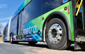 New 60-foot battery electric bus coming to Metro Transit